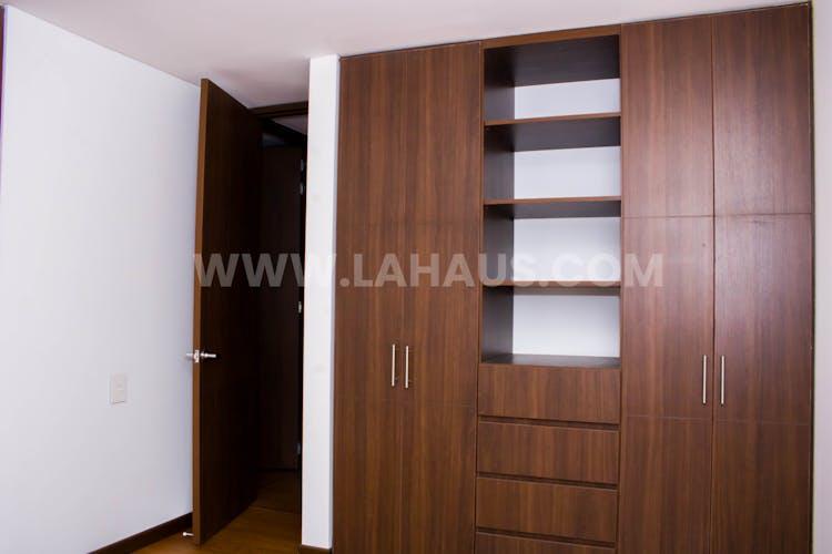 Foto 24 de Calleja Reservado, Apartamento en la Calleja de 3 habitaciones, 155 m2