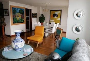 Apartamento en Altos del Retiro, Los Rosales con tres habitaciones