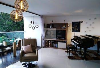 Apartamento en la Loma el Esmeraldal Envigado - 88 mts,  1 parqueadero,  3 habitaciones.