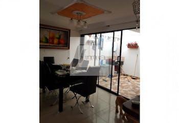 Casa en venta Las Torres Rio Negro - 240 mts, 1 parqueadero.