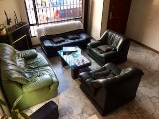 Una sala de estar llena de muebles y un sofá en Conjunto Catania