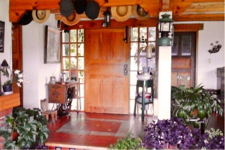 Portada Finca En Guasca, con 2 habitaciones- 200m2.