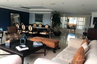 Departamento en venta en Bosques de las Lomas, 305 m² con alberca