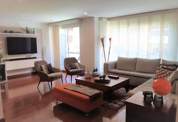 Apartamento en Santa Barbara Occidental, Santa Barbara con tres alcobas