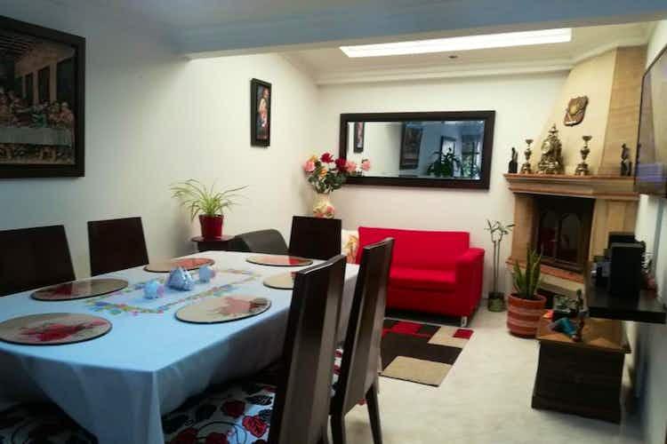 Portada Casa en venta en Chia de 130mts2, tres niveles