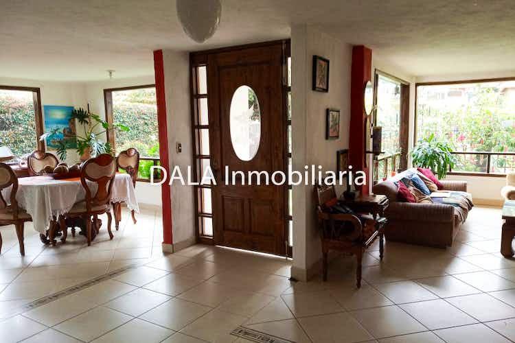 Portada Casa en Cota, Cundinamarca con 4 habitaciones.