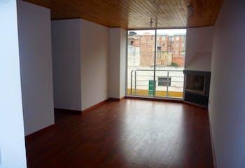 Apartamento en Britalia, Suba duplex con tres alcobas y balcón