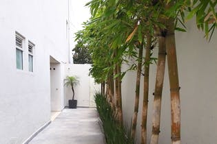 Casa en venta en Las Aguilas 1a Sección, 204 m² en condominio