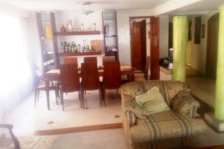 Portada Apartamento en Chicó, Rincón del Chicó con 3 habitaciones.