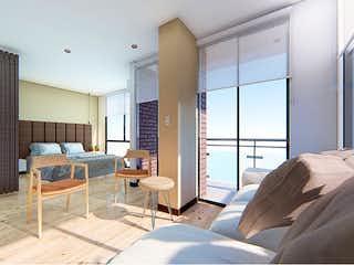 Una sala de estar llena de muebles y una ventana en City Live 104
