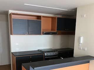 Una cocina con lavabo y microondas en Departamento en venta en Col. San Rafael, 70 m2 con roof garden común