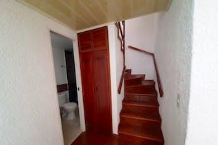 Casa de 100m2 en Villa del Prado, Bogotá - de tres niveles
