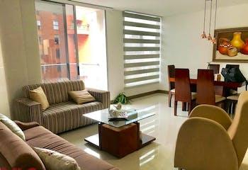 Apartamento en Castropol, Poblado - 132mt, tres alcobas, balcón
