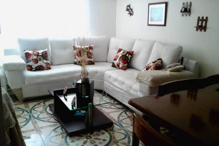 Portada Casa de 110m2 en Santa Catalina, Bogotá - con tres alcobas