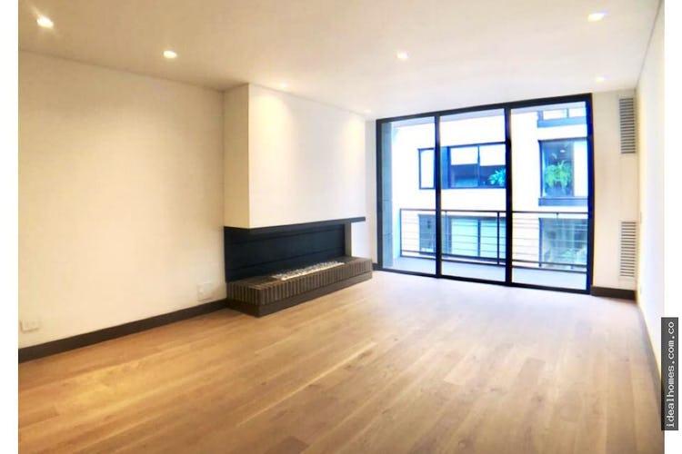 Portada Apartamento en venta en El Refugio, Bogota, Con 2 habitaciones-121mt2