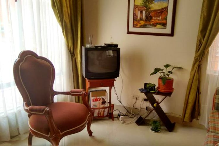 Portada Casa de 66m2 en San Antonio Norte, Bogotá - con tres habitaciones