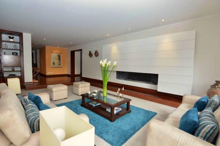 Portada Apartamento en Bosque Medina de 3 habitaciones, 310 m2