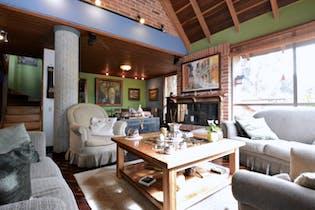 Casa en Bosque de Pinos de 3 habitaciones, 180 mts