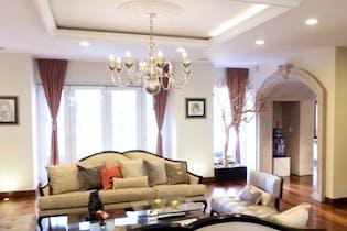 Casa en venta en Lomas Altas 1,100 m² con alberca