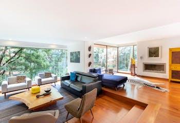 Apartamento en La Cabrera, Chico - 300 mt2, tres alcobas, balcón