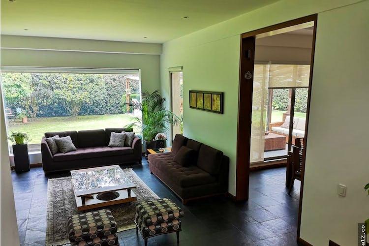 Portada Casa en San Simón, Suba, 3 Habitaciones- 1598m2.