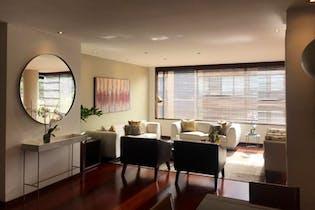Apartamento en Chico Reservado, Chico - con tres alcobas, balcón, sala con chimenea