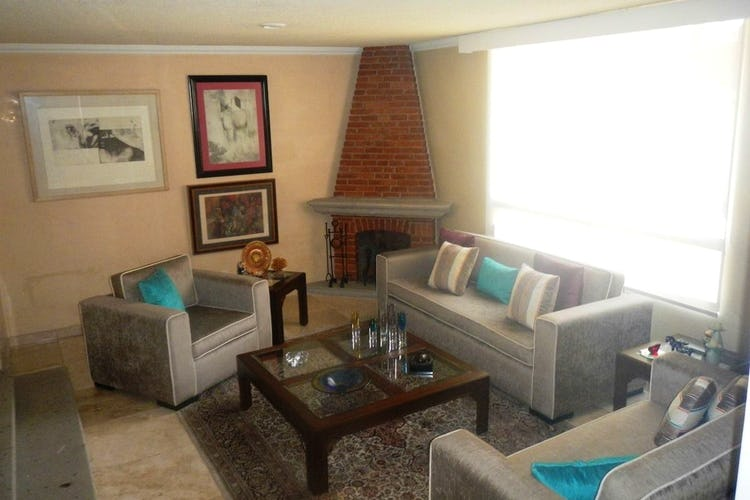 Portada Casa en Venta, San Angel 306 m2 con chimenea