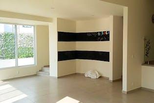 Casa en venta en Jardines en la Montaña,  480 m² recién remodelada