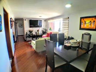 Una sala de estar llena de muebles y una televisión de pantalla plana en Apartamento en Pontevedra, Suba - Tres alcobas