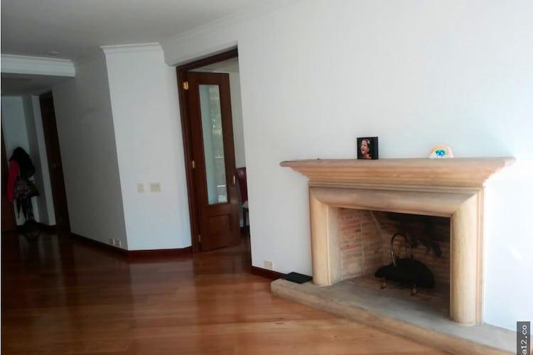 Portada Apartamento en chico reservado - 280 mts, 4 parqueaderos, 4 habitaciones.