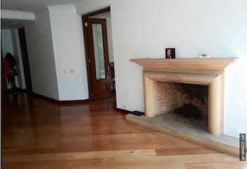 Apartamento en chico reservado - 280 mts, 4 parqueaderos, 4 habitaciones.