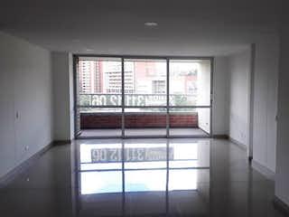 Una vista de una habitación con una puerta corredera de cristal en Apartamento en zuñiga - 130 mts, 1 parqueadero.