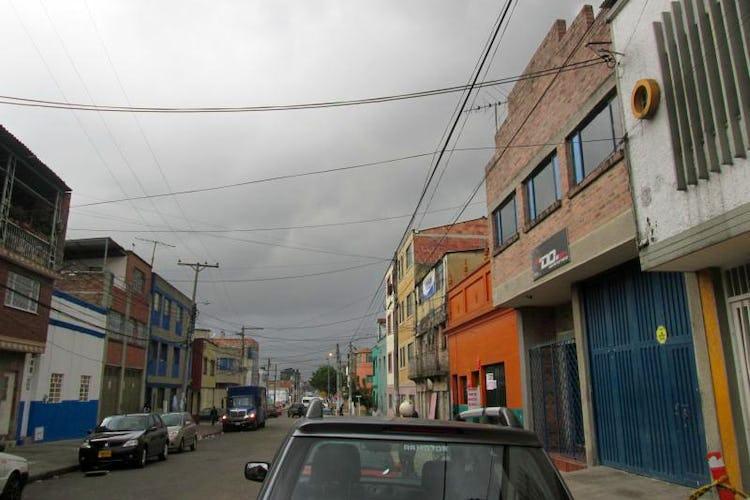 Portada Casa En San Fernando, Barrios Unidos,