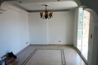 Apartamento en Cuarta Brigada, Laureles - 140mt, tres alcobas, parqueadero privado