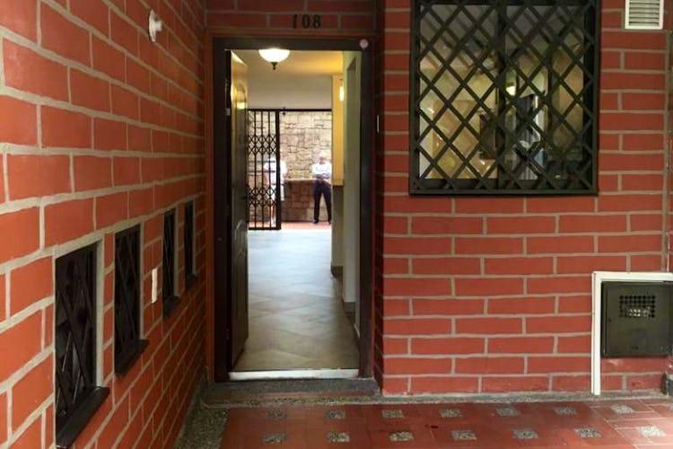 Portada Casa en Los Naranjos, El Poblado - Cuatro alcobas