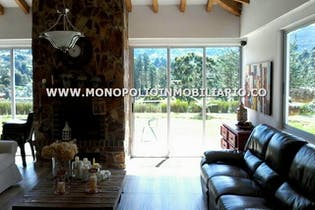 Casa finca en Vereda La Clara, Guarne - 5180mt, tres alcobas