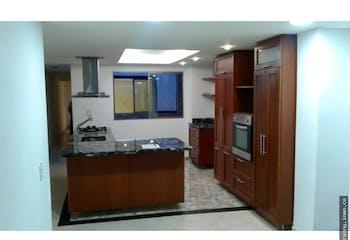 Apartamento enMilan Vallejuelos, Envigado 92mt, tres alcobas, piso 1