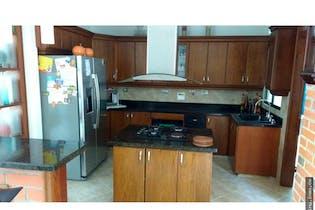 Casa en venta en Sabaneta 370m²