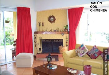Casa en venta en Loma Del Chocho de 6 habitaciones