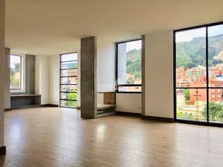 Una vista de una sala de estar y una sala de estar en Apartamento de 160m2 en Bella Suiza, Bogotá - con tres habitaciones