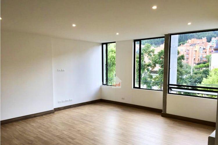 Portada Apartamento de 118m2 en Bella Suiza, Bogotá - con tres habitaciones