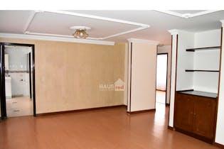 Apartamento de 100m2 en Santa Bárbara, Bogotá - con tres habitaciones