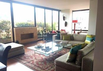 Apartamento En Bogota La Carolina - 200 mts, 4 parqueaderos.