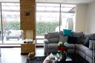 Casa campestre de 250m2 en Cajicá - de dos niveles, con tres habitaciones