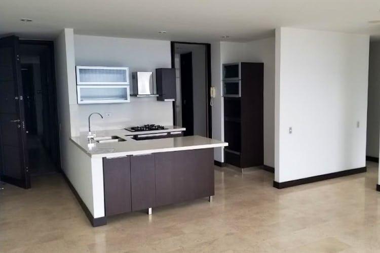 Portada Apartamento en Aves Maria, Sabaneta - 115mt, tres alcobas, balcón