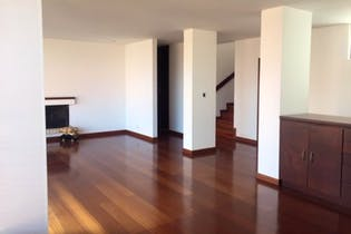Apartamento en venta en Caobos Salazar de 4 hab. con Bbq...