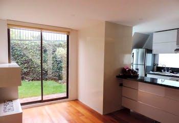 Casa en venta en Santa Ana de 73m² con Jardín...