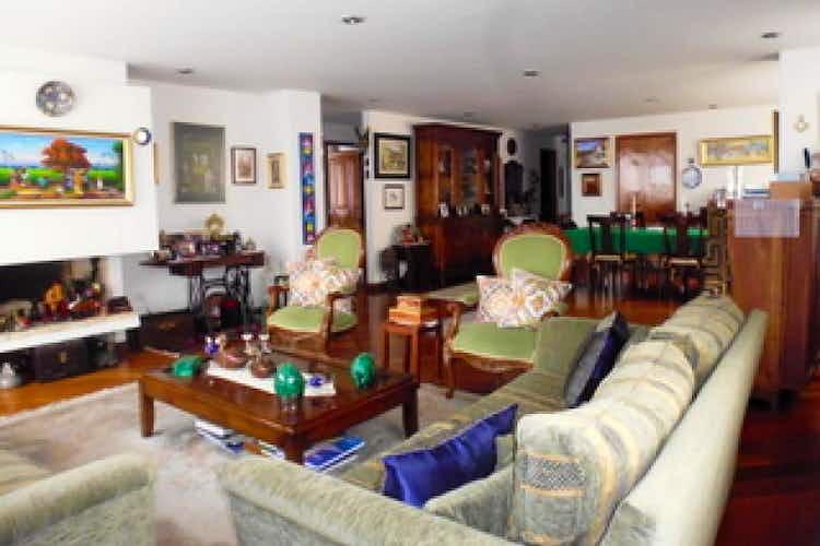 Portada Apartamento de 164m2 en Santa Paula, Bogotá - con tres habitaciones