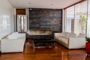 Casa en Usaquen de 5 habitaciones, 905 mts