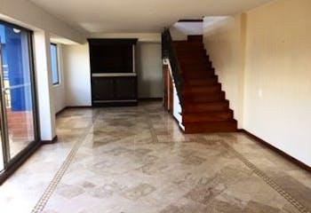Apartamento en Loma de los Bernal, Belen - 187mt, duplex, balcon y terraza